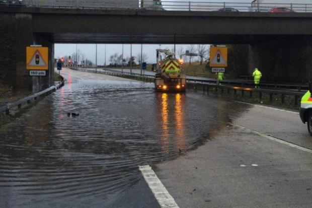 UPDATE: Flooding of M606 causes serious traffic disruption in south Bradford